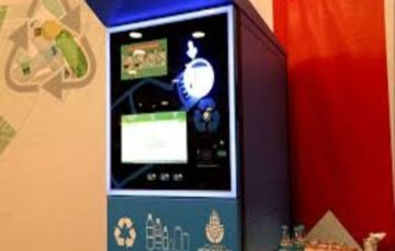 Istanbul vending machine accepts recycled bottles for metro credits