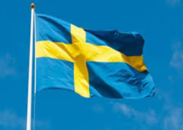 Sweden dismisses swimming head for anti-headscarf remarks