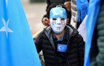 Uighurs call on MBS to condemn persecution of Muslim minority during China visit