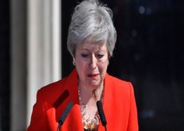 Theresa May announces resignation as UK prime minister