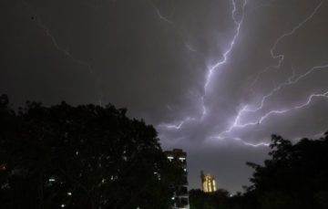 33 villagers killed in lightning storm in northern India