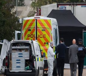 39 bodies discovered in truck in Essex, England