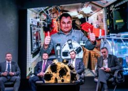'One small nibble for man': 3D printer makes meat in space
