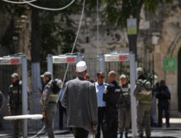 Israel removes metal detectors from al-Aqsa compound, security cameras remain