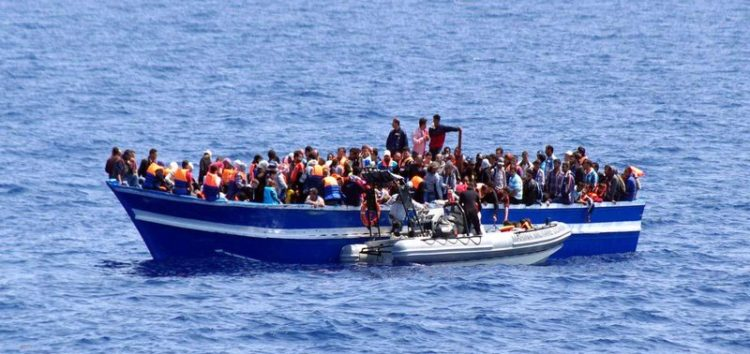 100 refugees die in Mediterranean Sea in 4 days