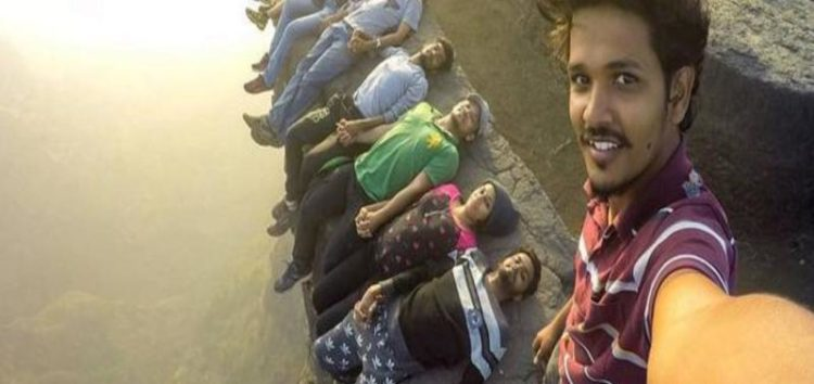 Indian Minister appeals to youth to stop playing with lives as selfies turn to 'Killfies'