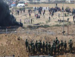 Israeli soldiers wound 3 Palestinians along Gaza border
