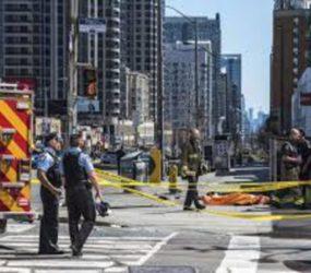 Toronto: 10 killed as van ploughs into crowd