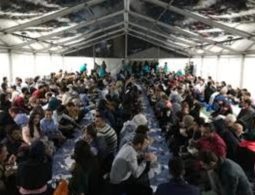 Ramadaan Tent Project: Muslim community hosts open iftaar for British public