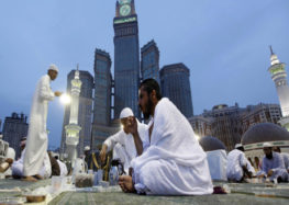 250,000 Suhoor meals for pilgrims at Mecca's Grand Mosque
