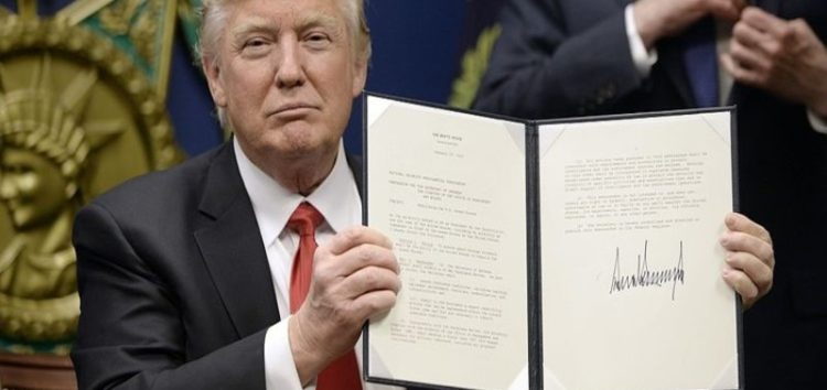 First legal challenge to Trump's Muslim ban filed