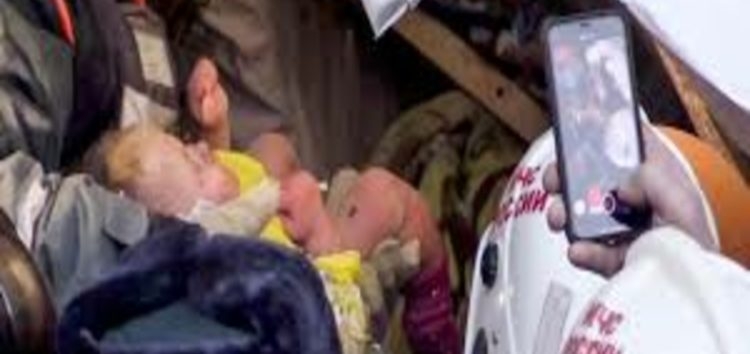 Baby found alive after 35 hours under rubble in Russia